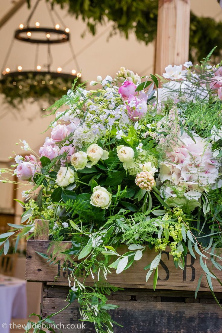 Clic Wilde Bunch Marquee Wedding Flowers A Dramatic Rustic Crate Stack In The Entrance And