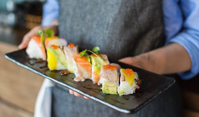 Biaya Bahan Baku Adalah Jenis Metode Pencatatan Makanan Sushi Foto Makanan