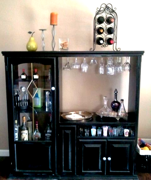 Our New Bar Made Out Of Our Old Tv Cabinet In 2020 Tv Cabinet Redo Old Entertainment Centers Tv Cabinets