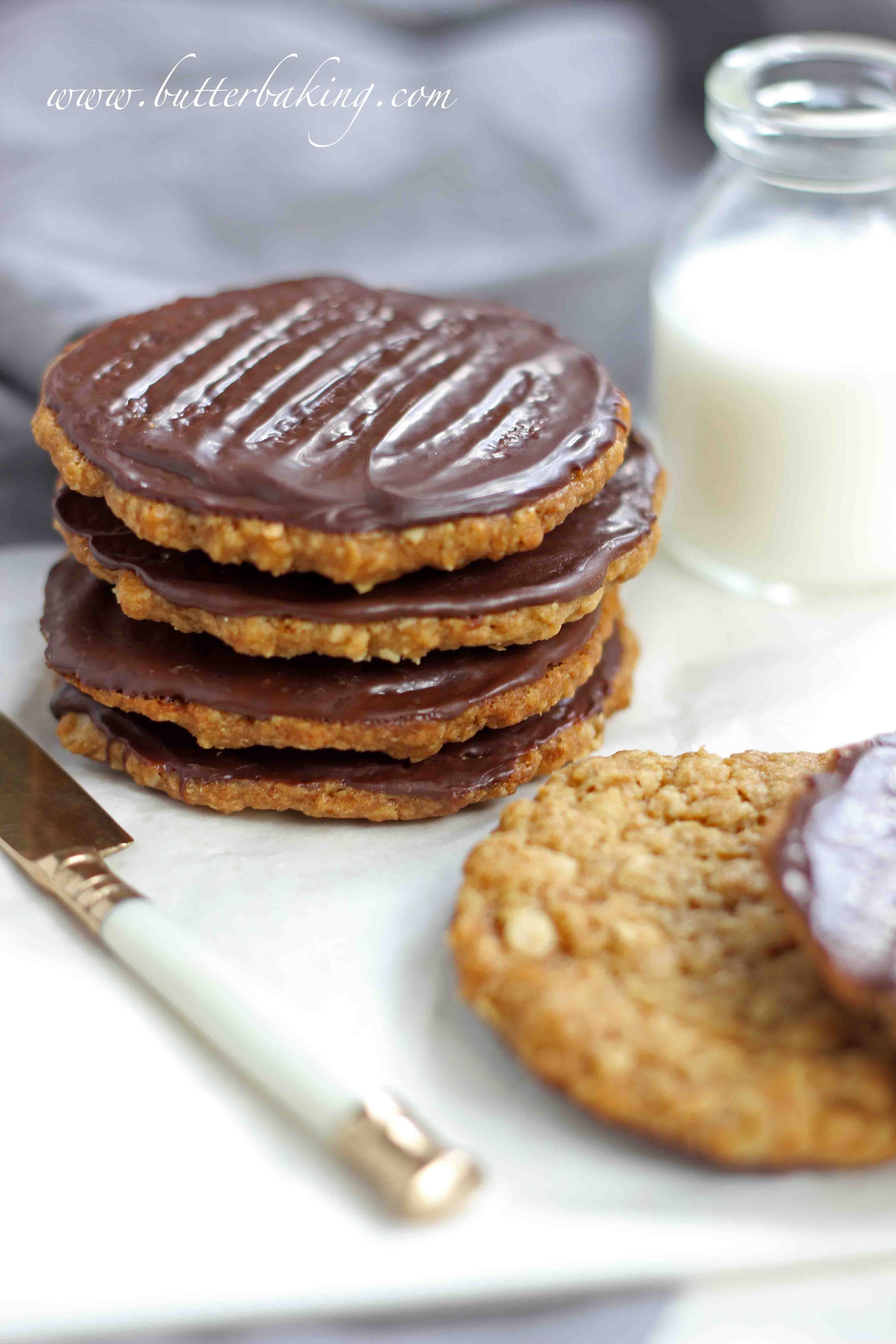 Chocolate hobnobs oat cookies Recipe
