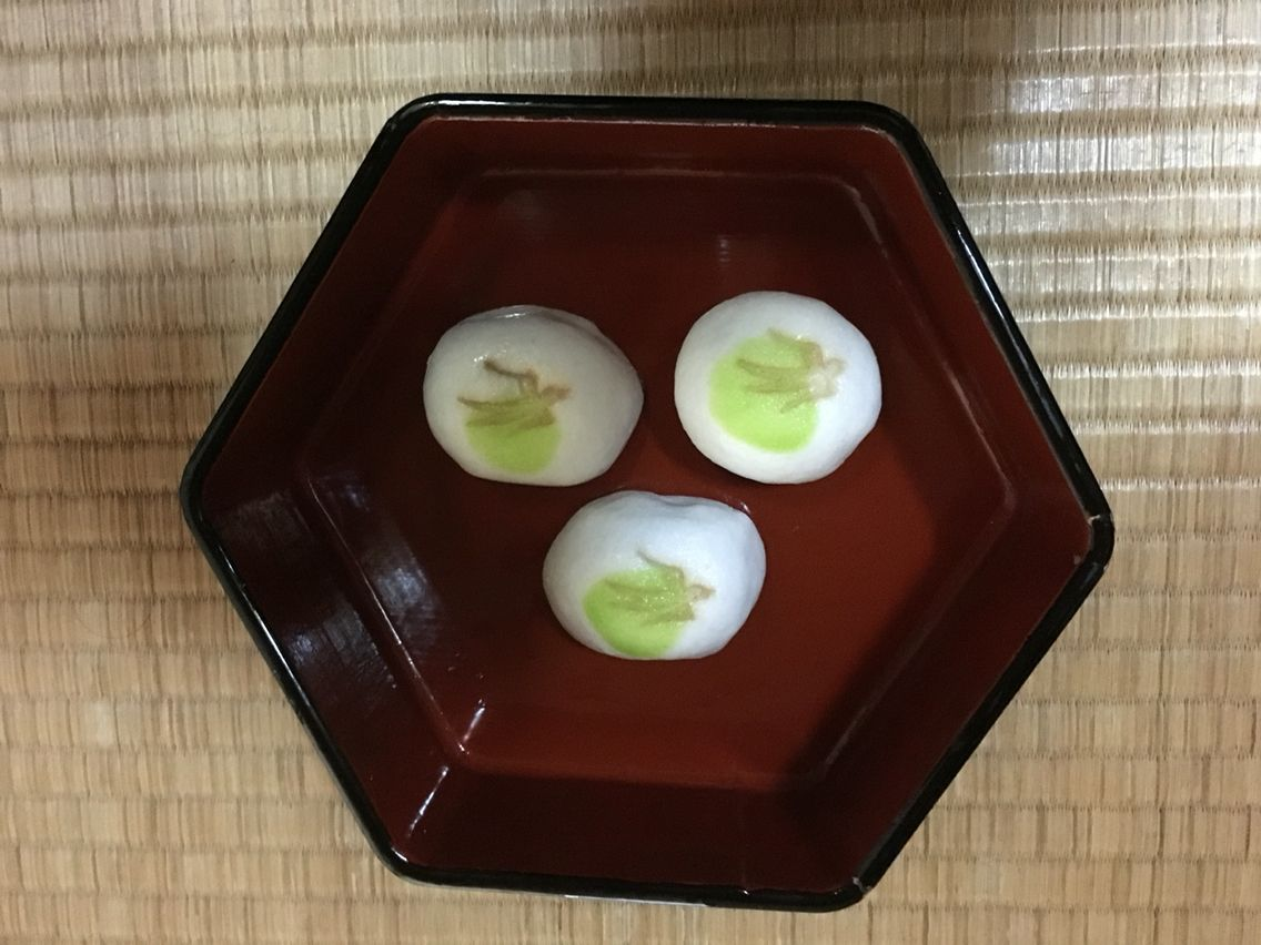 松屋長春さんのお菓子、お茶のお稽古にて。