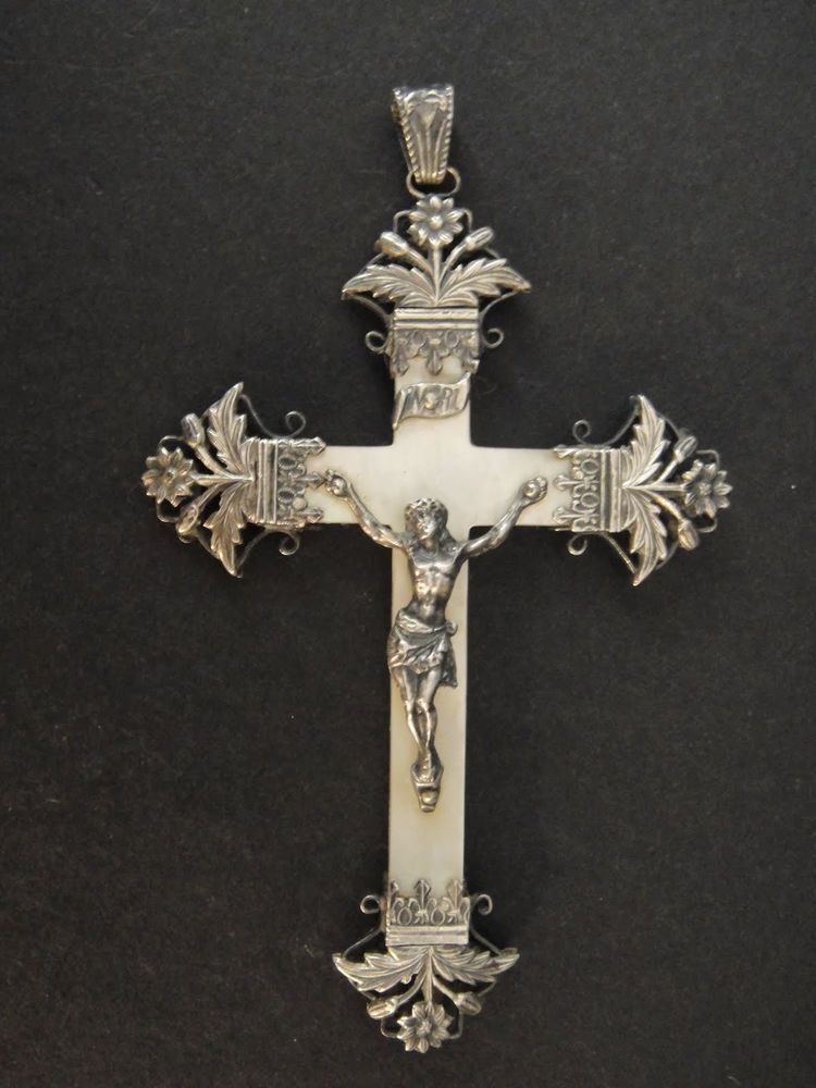 SUPERB LARGE FRENCH ANTIQUE STERLING SILVER & MOTHER OF PEARL CRUCIFIX COMMUNION