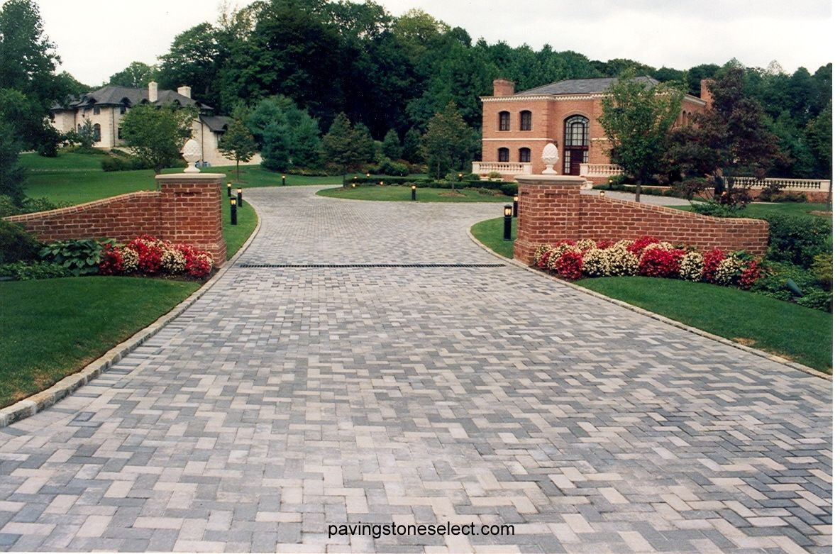 This Photo Displays A Large Paving Stone Driveway Built With Nicolock Holland Stone Paver In Granite City Brick Columns Driveway Paver Patio Driveway Entrance