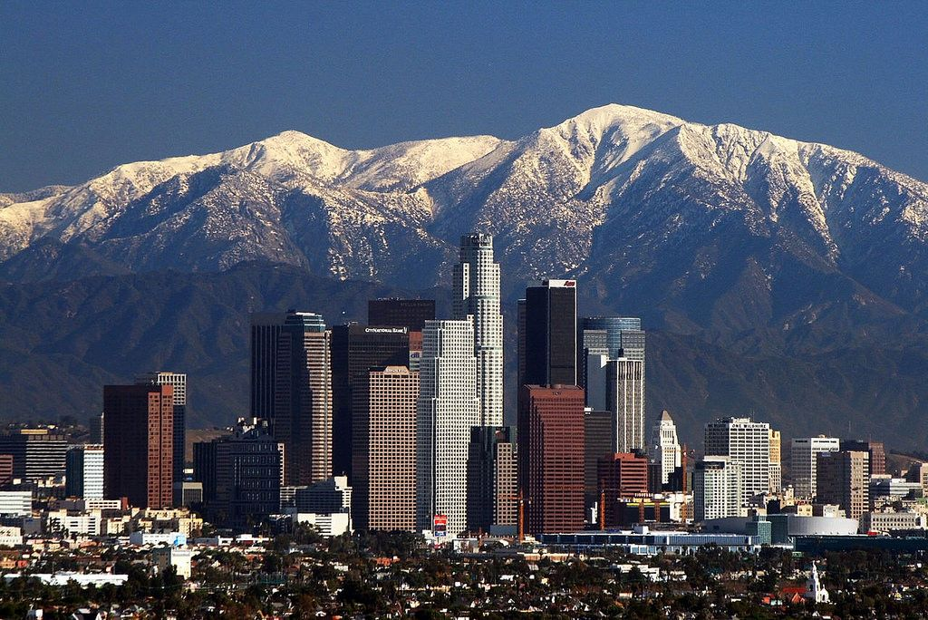 U S Tourist Attractions Los Angeles Skyline San Gabriel Mountains Los Angeles Wallpaper