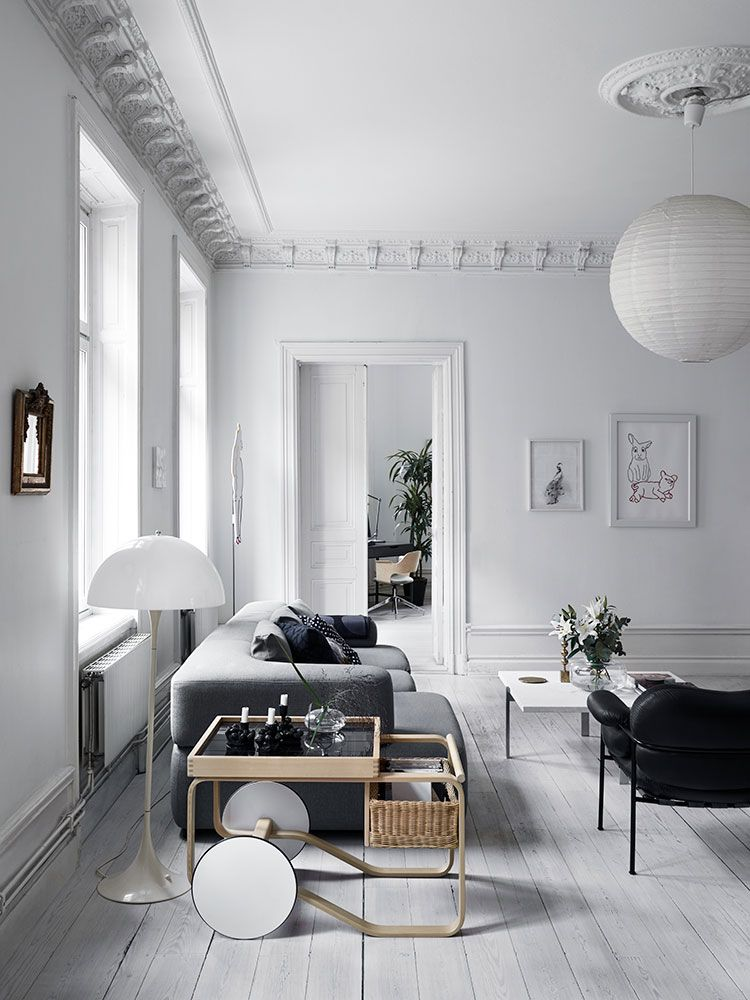 Chernyj Belyj I Fayansovaya Pech Skandinavskij Minimalizm Po Shvedski Foto Idei Dizajn Living Room Inspiration Living Room Scandinavian Interior Design