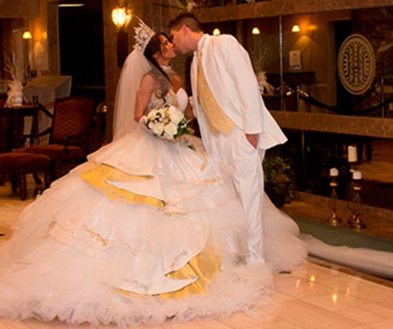 mi gran boda gitana | vestidos de novia de colores | pinterest