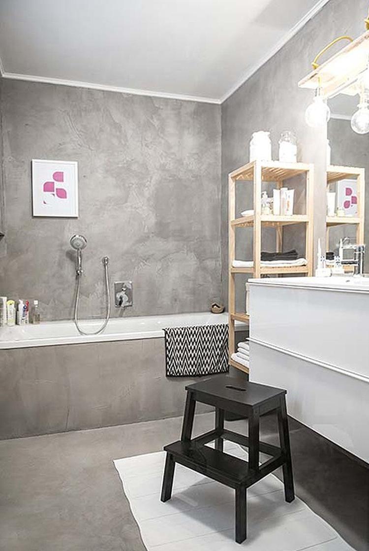 Bekijk de foto van Stucamor met als titel Grijze badkamer, Italiaans ...