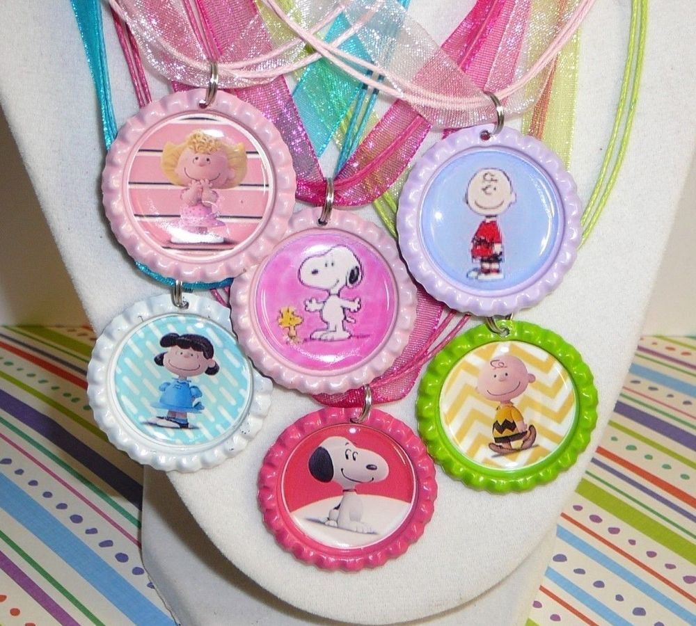 6 Snoopy Charlie Brown 3D Colored Bottle Cap Necklace Birthday Party ...