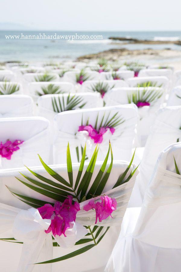 Destination Wedding Photographer || Hannah Hardaway || Punta Mita, Mexico Wedding || Casual Beach Wedding || Mexican Themed Colorful Wedding || Beach Ceremony || Palm Fronds || www.hannahhardawayphoto.com