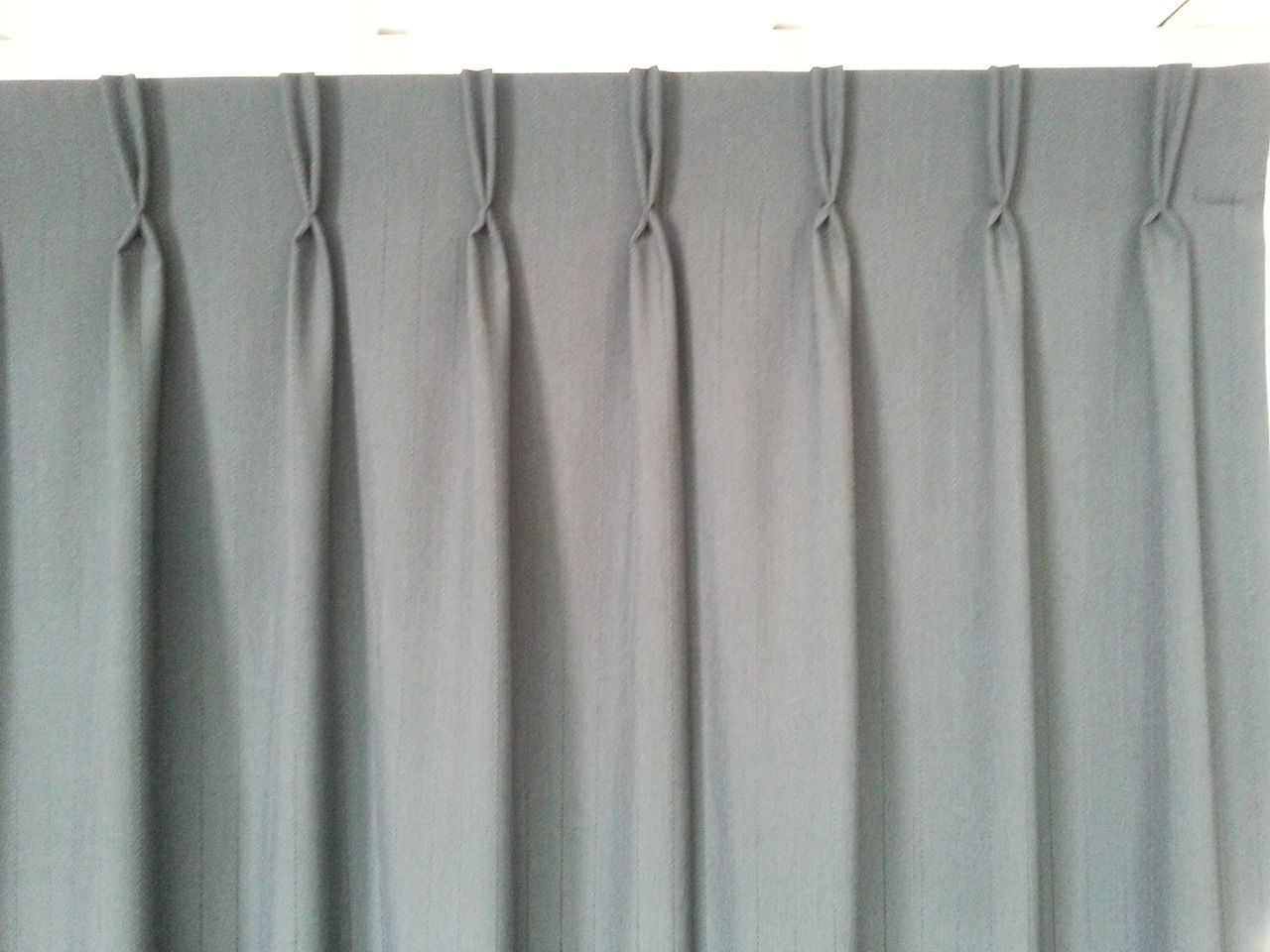 Curtain pleats integralbookcom for Types of pleat curtains