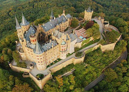 El Legendario Castillo De Los Hohenzollern Deutschland Burgen Burgen Und Schlosser Burg