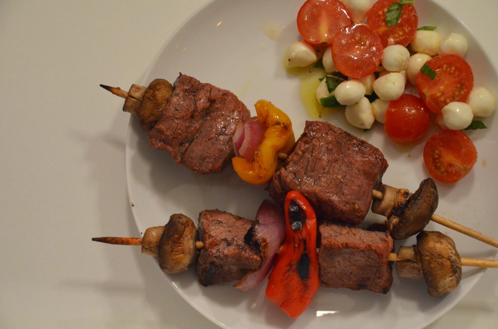 Marinated Beef Kabobs  #recipe is on the blog!  #thegoodcooker