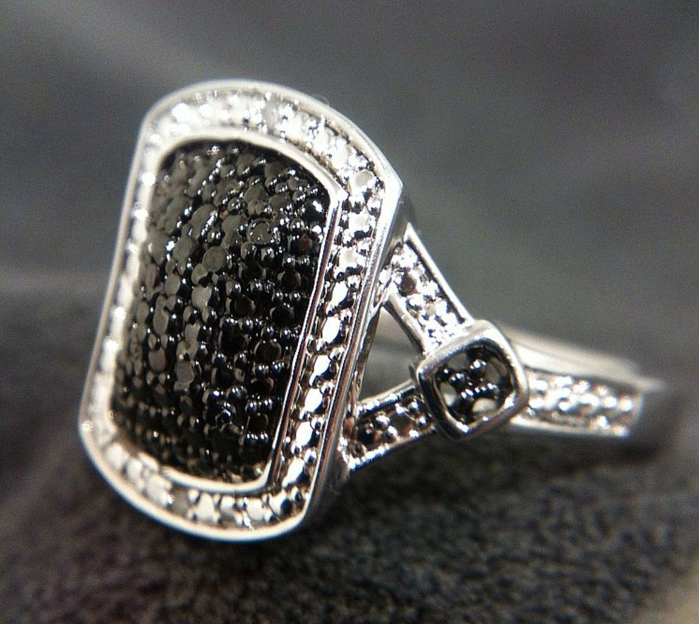 Estate 925 Sterling Silver Black Diamond Illusion Ring
