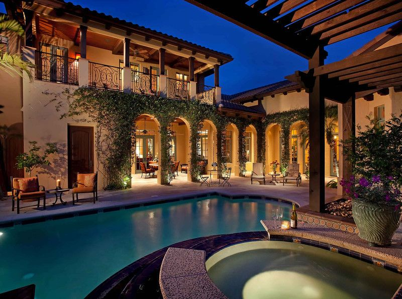 U shape spanish style home with courtyard pool i think for U shaped house plans with courtyard pool