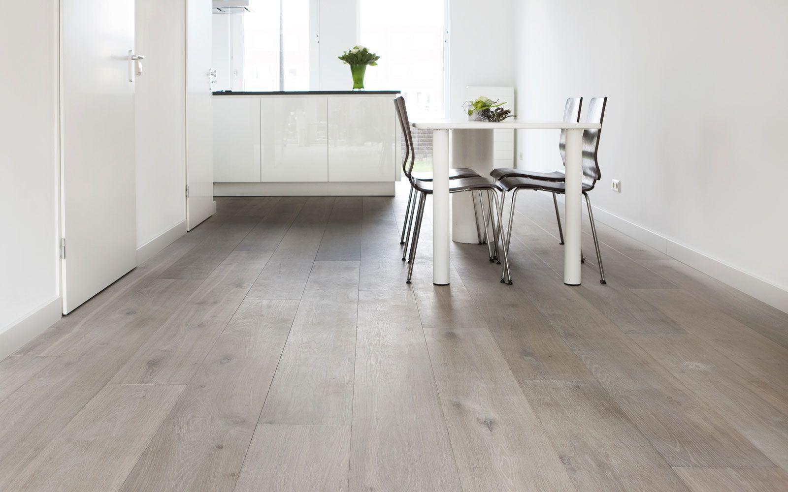 Houten Vloeren Haarlem : Brede eiken houten vloeren dubbel wit vloeren