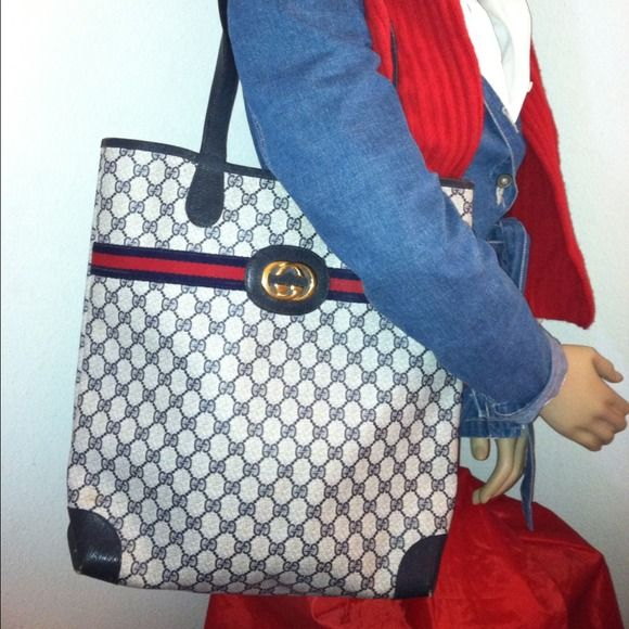 f16f129ba057 Gucci Bags - Reserved Authentic Vintage Gucci Tote Shoulder Bag ...
