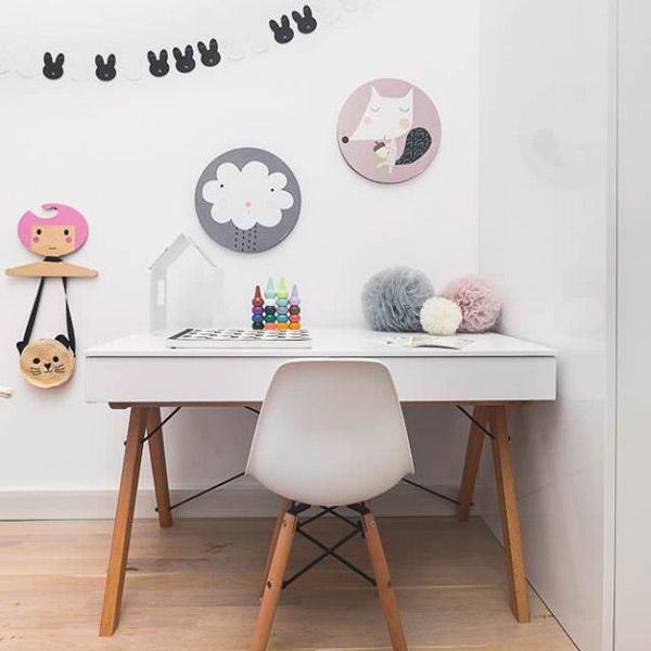 Tableau en bois pour décorer la chambre de bébé aux teintes et aux