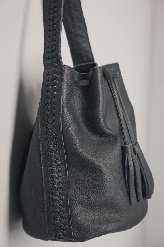 19a88c5f569b Black bucket bag