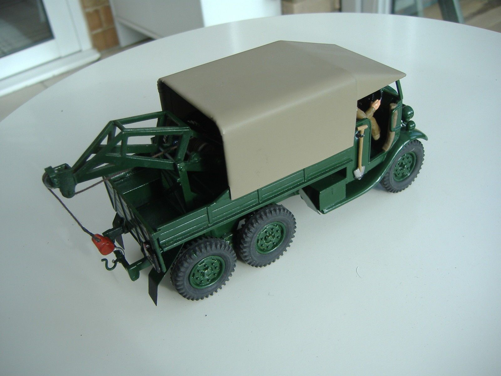1/32 scale 1939 Morris CDF 6x4 army light recovery truck