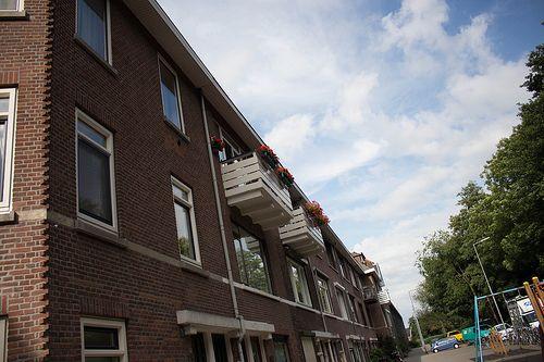 Blue blue sky Rotterdam Noord #Holland #010 #Architecture #Buildings #Building #Gebouw #Architectuur #Contrast #ZuidHolland #SouthHolland #Dutch