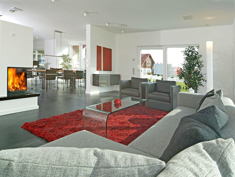 Dunklem holz mit interessanten rundungen gt stehlampe wohnzimmer modern - Offenes Wohnzimmer Pultdach Musterhaus Wohnbereich Traumhaus Weiss Knows