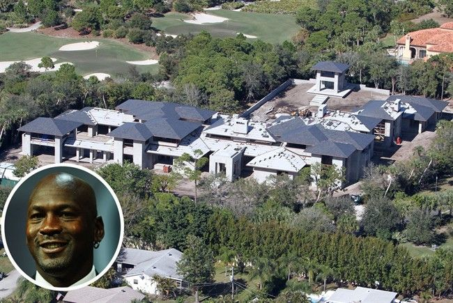10 of the most expensive celebrity homes michael jordan for Michael jordan real estate