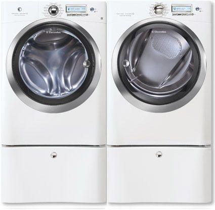 I chose the Island White Electrolux Perfect Steam™ washer for my Ultimate Laundry Room. http://www.kelly-confidential.com