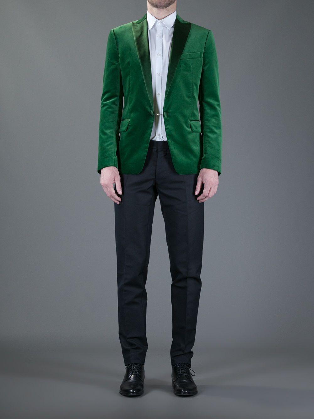 http://classsuits.com/wp-content/uploads/2013/01/Dsquared2-Contrast-Two-Piece-Suit.jpg
