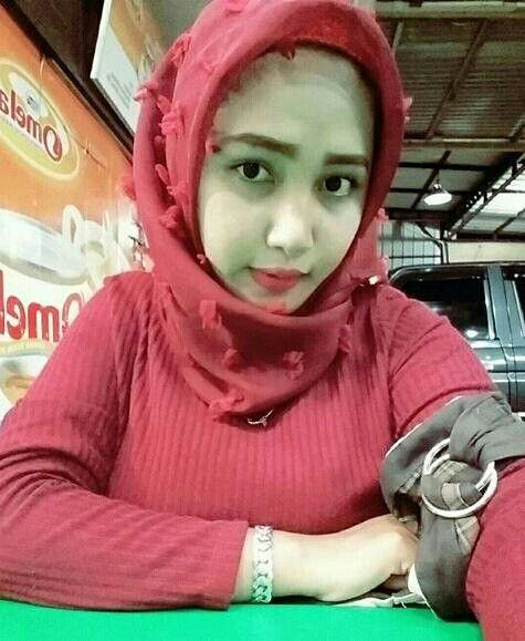 Pin oleh wahyunie di Jilbab Cantik   Jilbab cantik