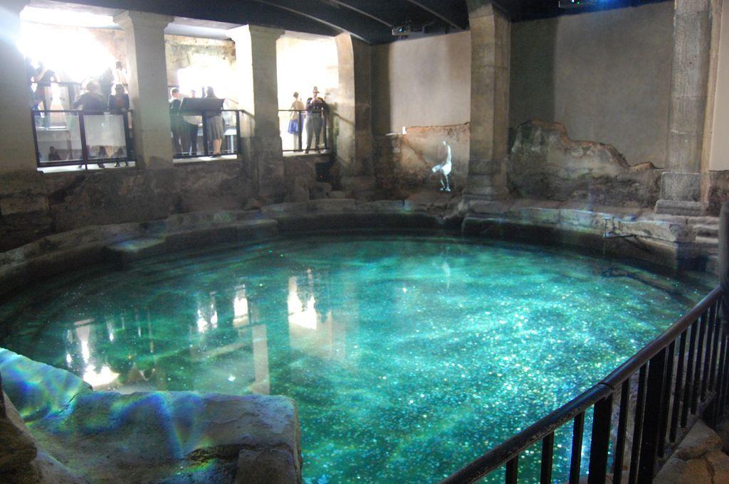 Roman bath   Bath Houses   Pinterest   Roman baths bath ...