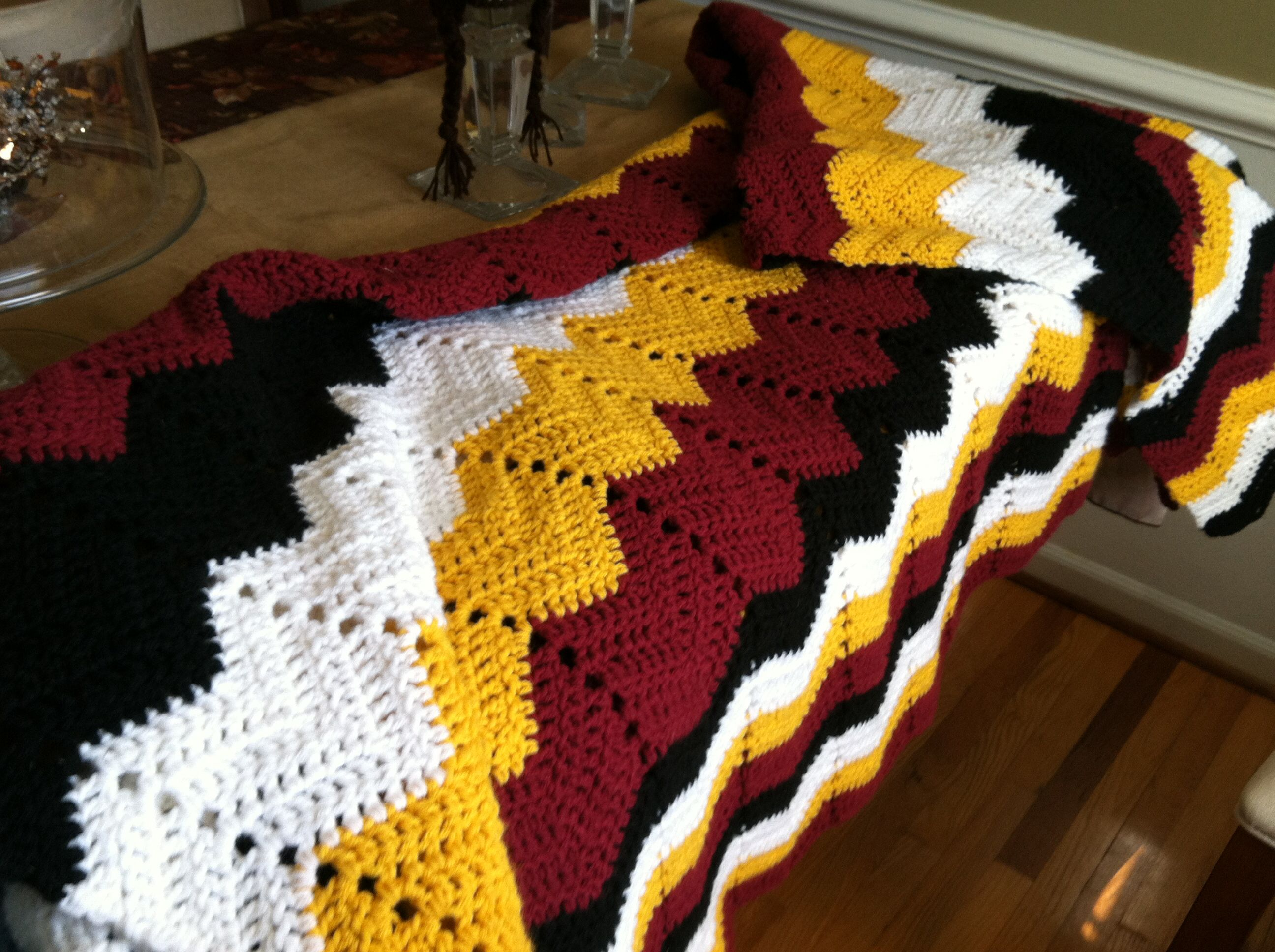 I like the black stripe added in there crochet redskins blanket patterns i like the black stripe added in there crochet redskins blanket bankloansurffo Images