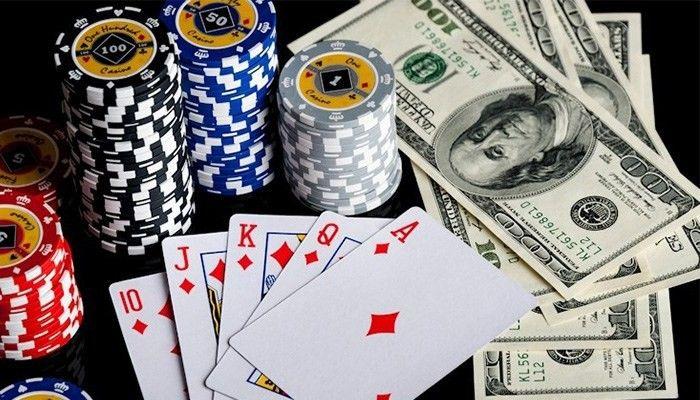 Main Game Poker Berbasis Poker Uang Asli (Dengan gambar ...