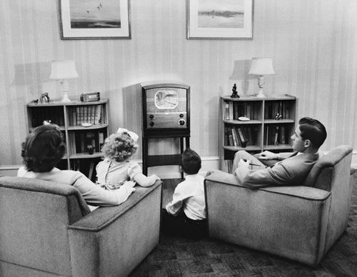 Old Living Roomjpg  Radios Pinterest Living Rooms - Living room war