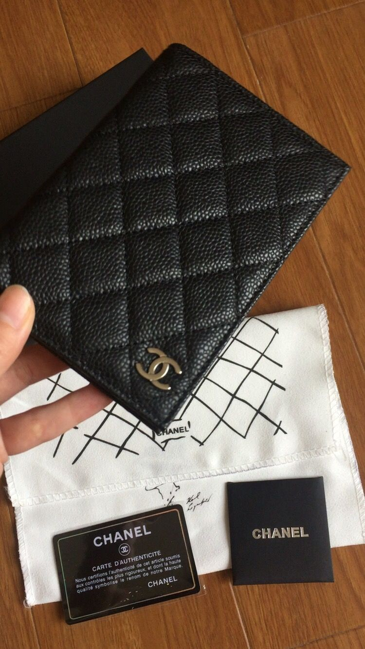 0f66e169d0a Chanel passport holder caviar leather black | winter in 2019 ...