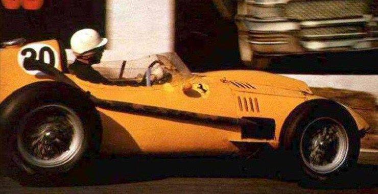 1958 - Ferrari amarela