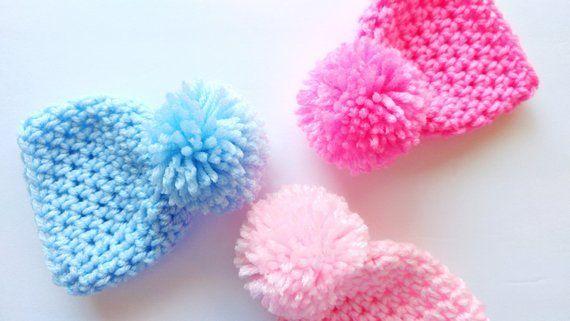 Micro Premie pompom beanie, pom pom nicu baby beanie, micro premie hats, tiny hats for tiny babies