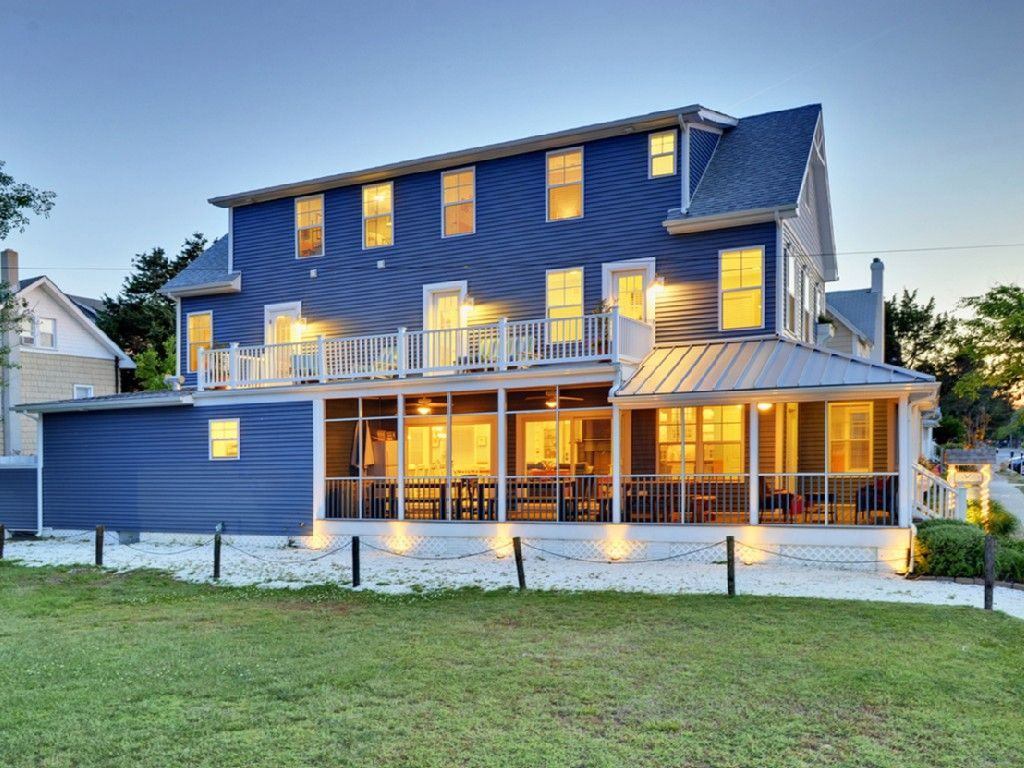 The Sea Voice Beach House Is Only Al Property In Downtown Rehoboth De That Off