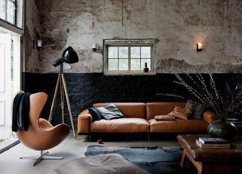 Industrial Tripod Lamp | Loft | Leather furniture. #loft #warehouse