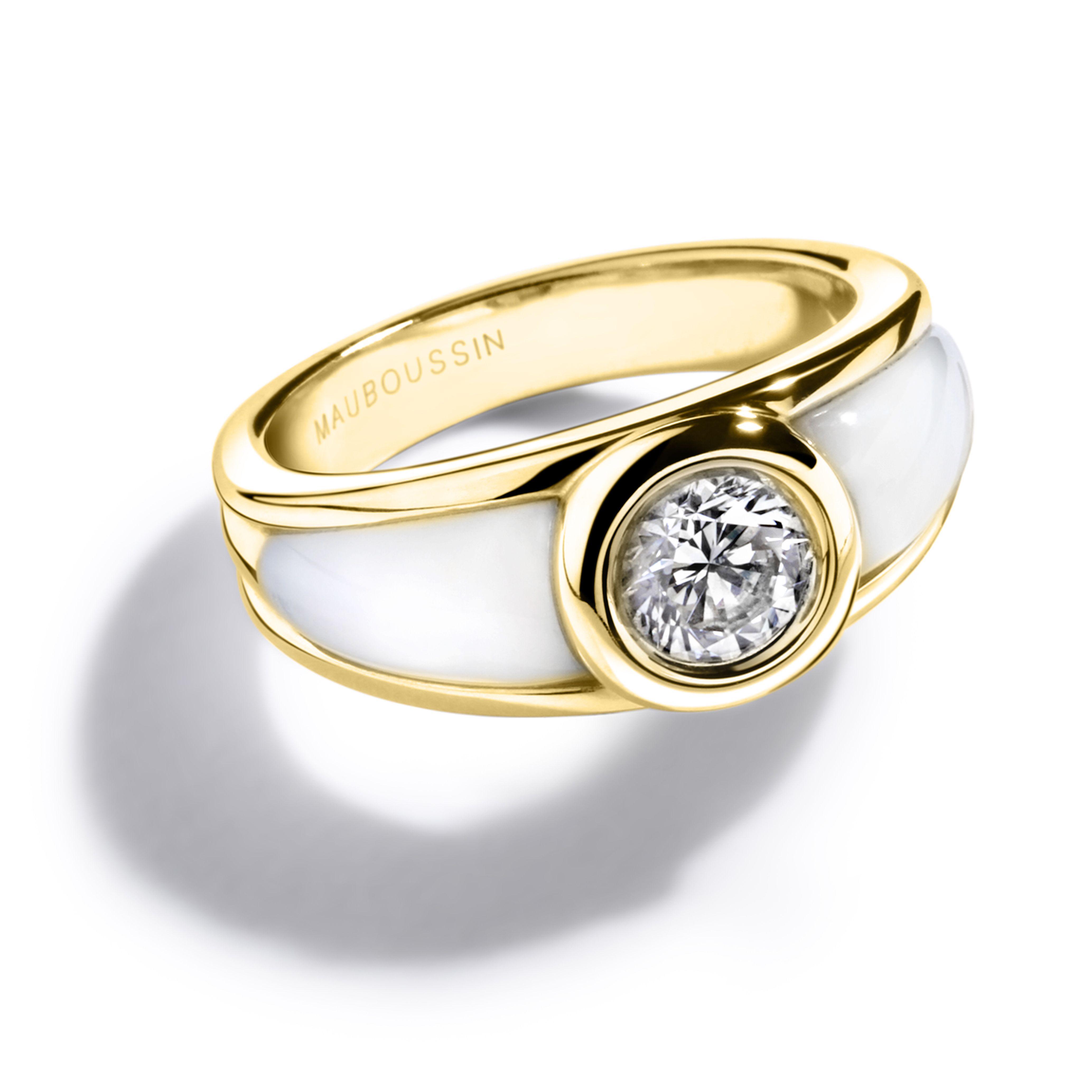 Bague Nadia en or jaune, nacre blanche et diamant   Dites Oui avec ... 2b627c1e0263