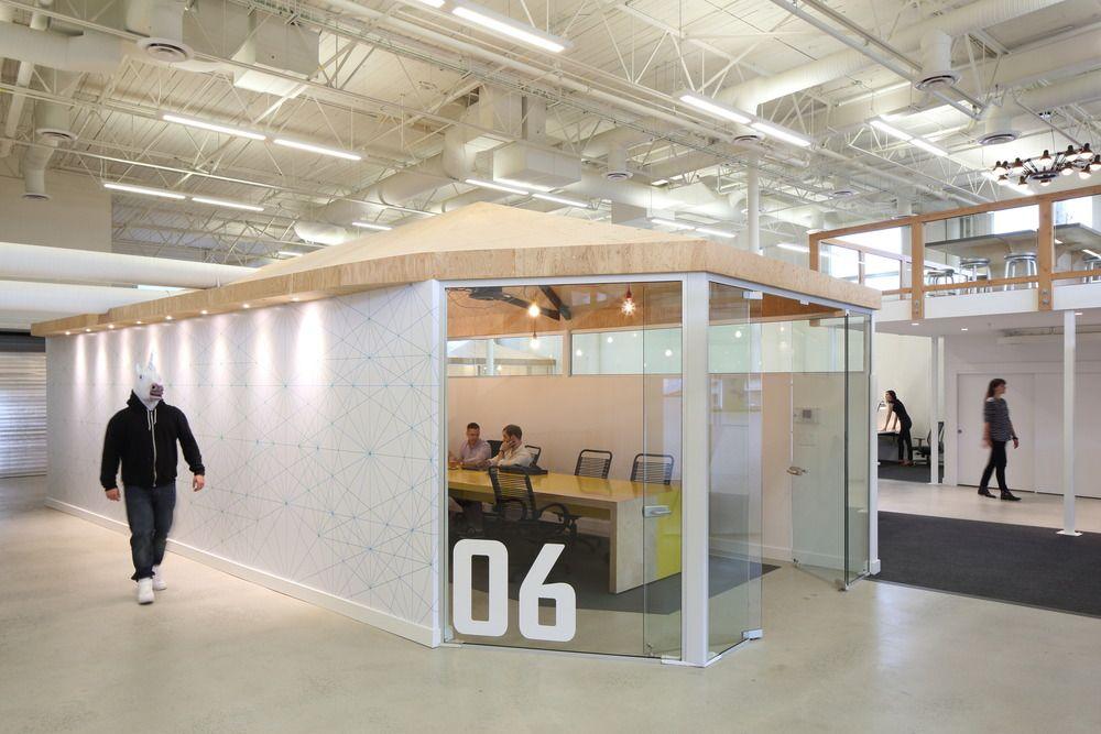 Innovative Interior Design Steps Up Tech Firm Startup   DIALOG