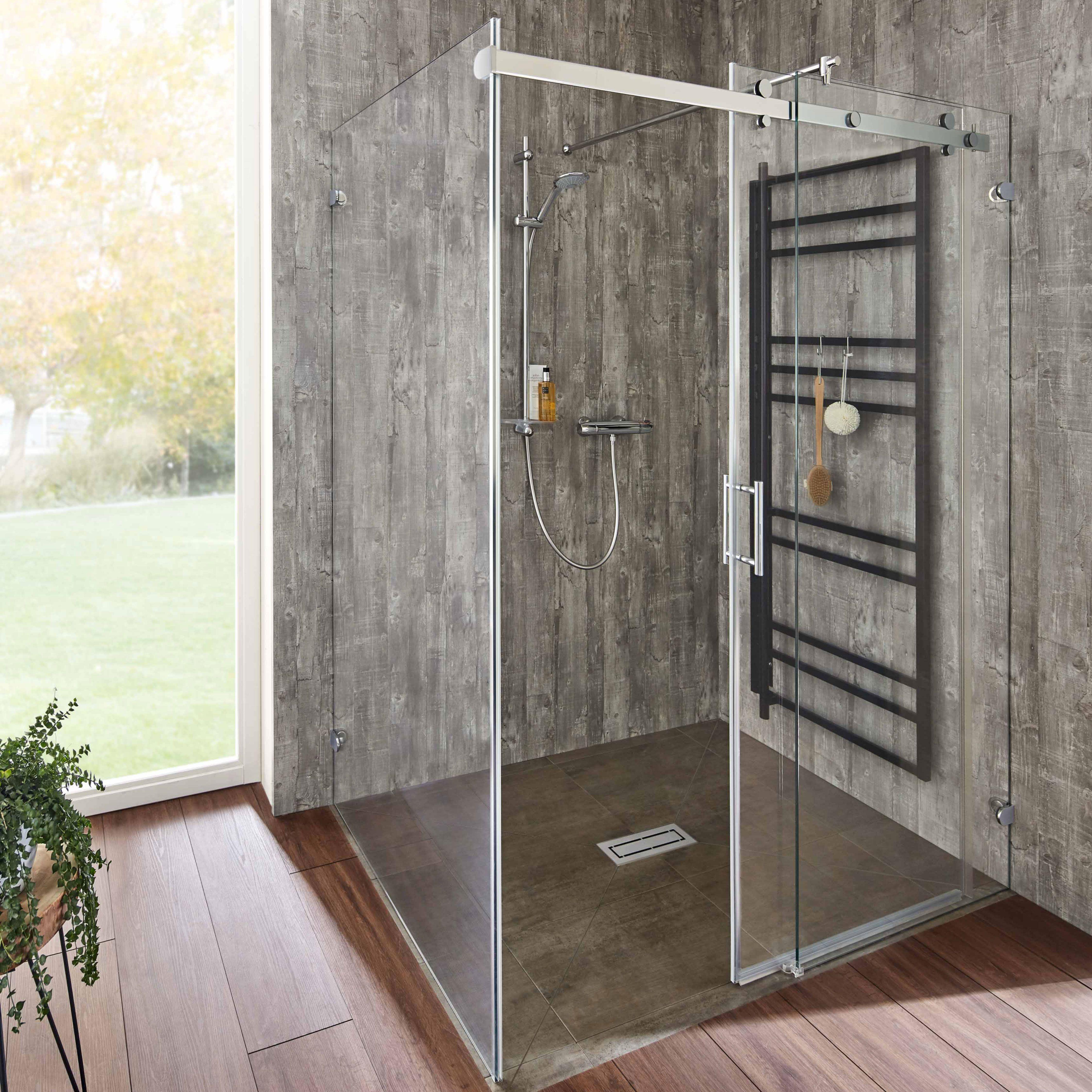 Starke Akzente Im Bad Mit Unserer Glasdusche Opalin S Dusche Glasduschen Barrierefreie Duschen