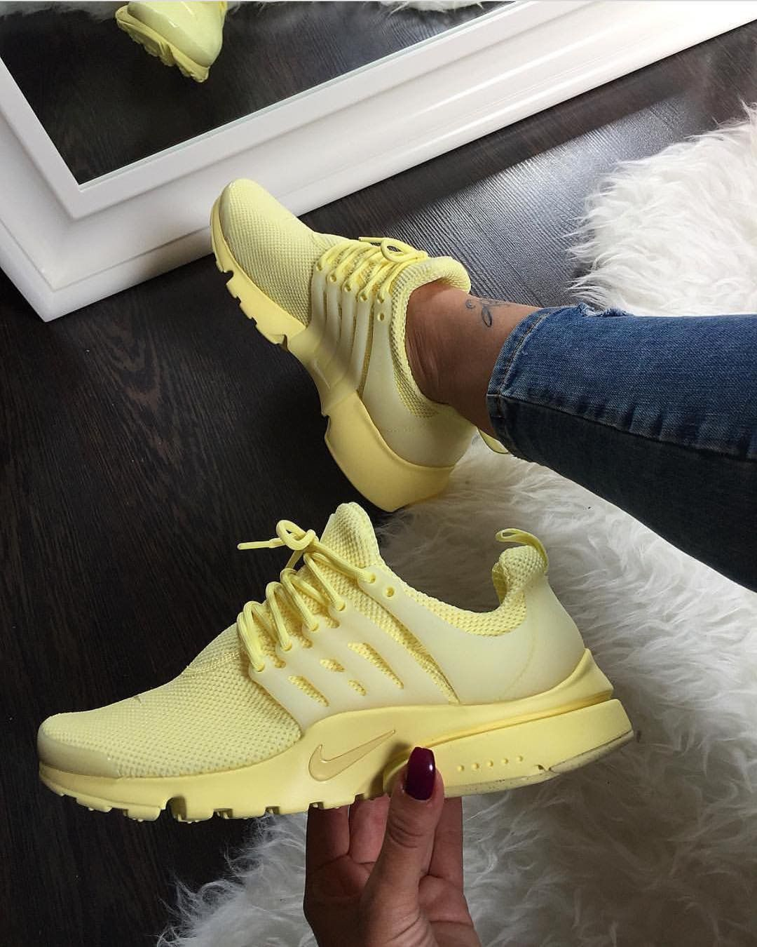 nike presto extreme womens yellow