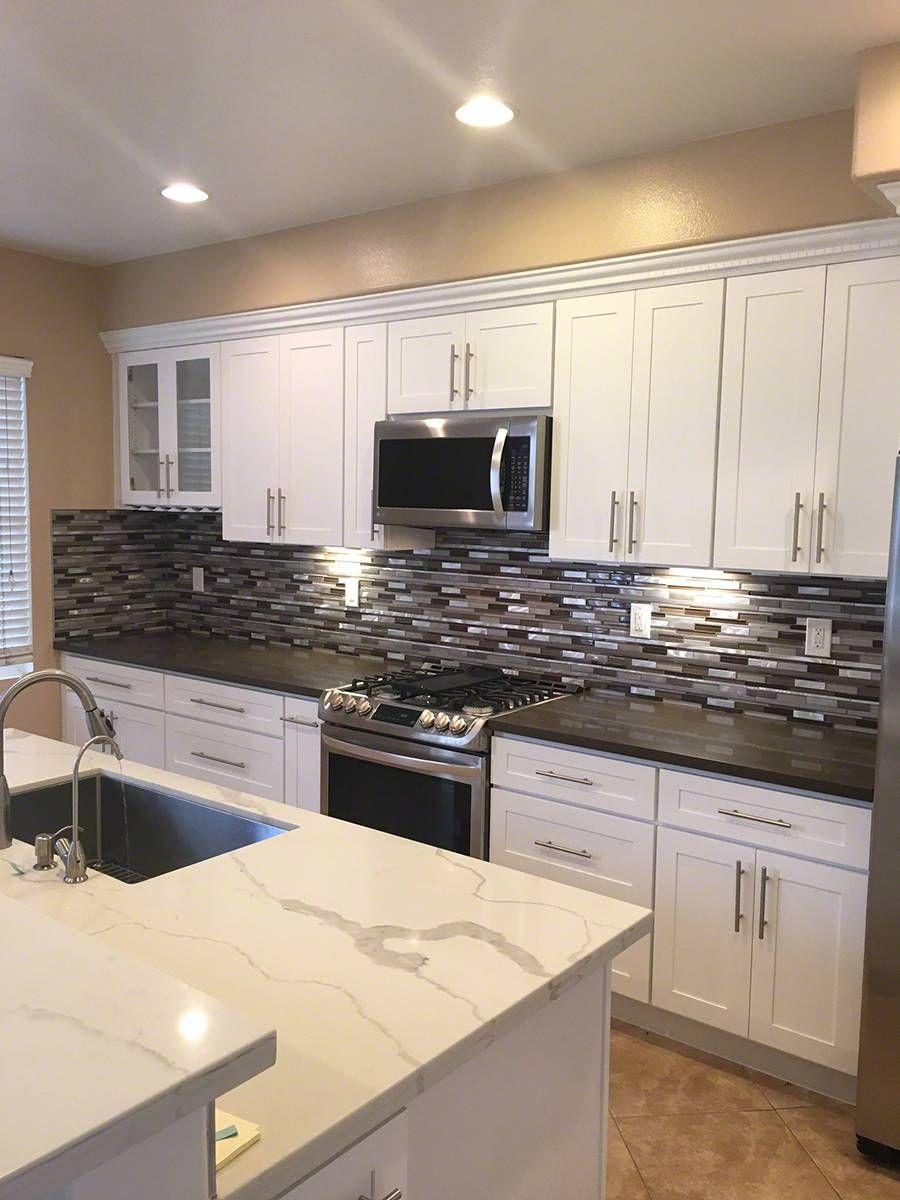Madison Avenue Interlocking Pattern 8mm Mosaic Tile Backsplash Kitchen Kitchen Remodel Kitchen Design