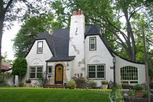 What S Your House Style English Tudor Tudor Style And House