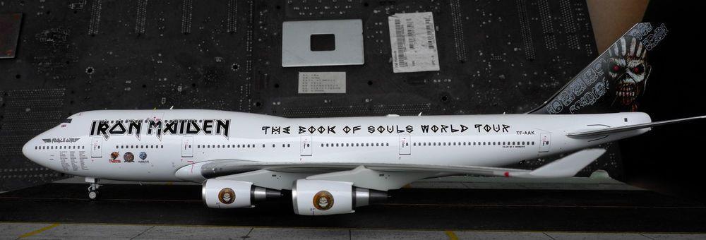 TF-AAK IRON MAIDEN 747-400 Inflight 1:200