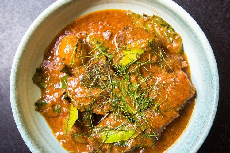 Panang Neua Thai Panang Beef Curry Recipe Serious Eats Beef Curry Recipe Curry Beef Curry