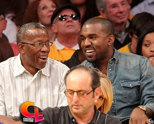 Kanye West And His Dad Ray West Attend The Los Angeles Lakers Vs Chicago Bulls Game On December 25 2011 In Los Ange Kanye West Black Fathers Photojournalist