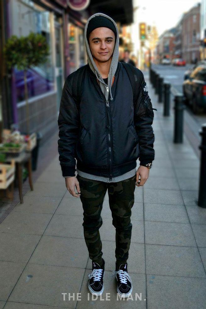 Men's Street Style - Khaki power