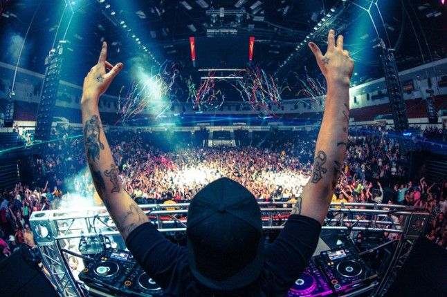 DJ Contest To Play With Steve Angello | Music Festival