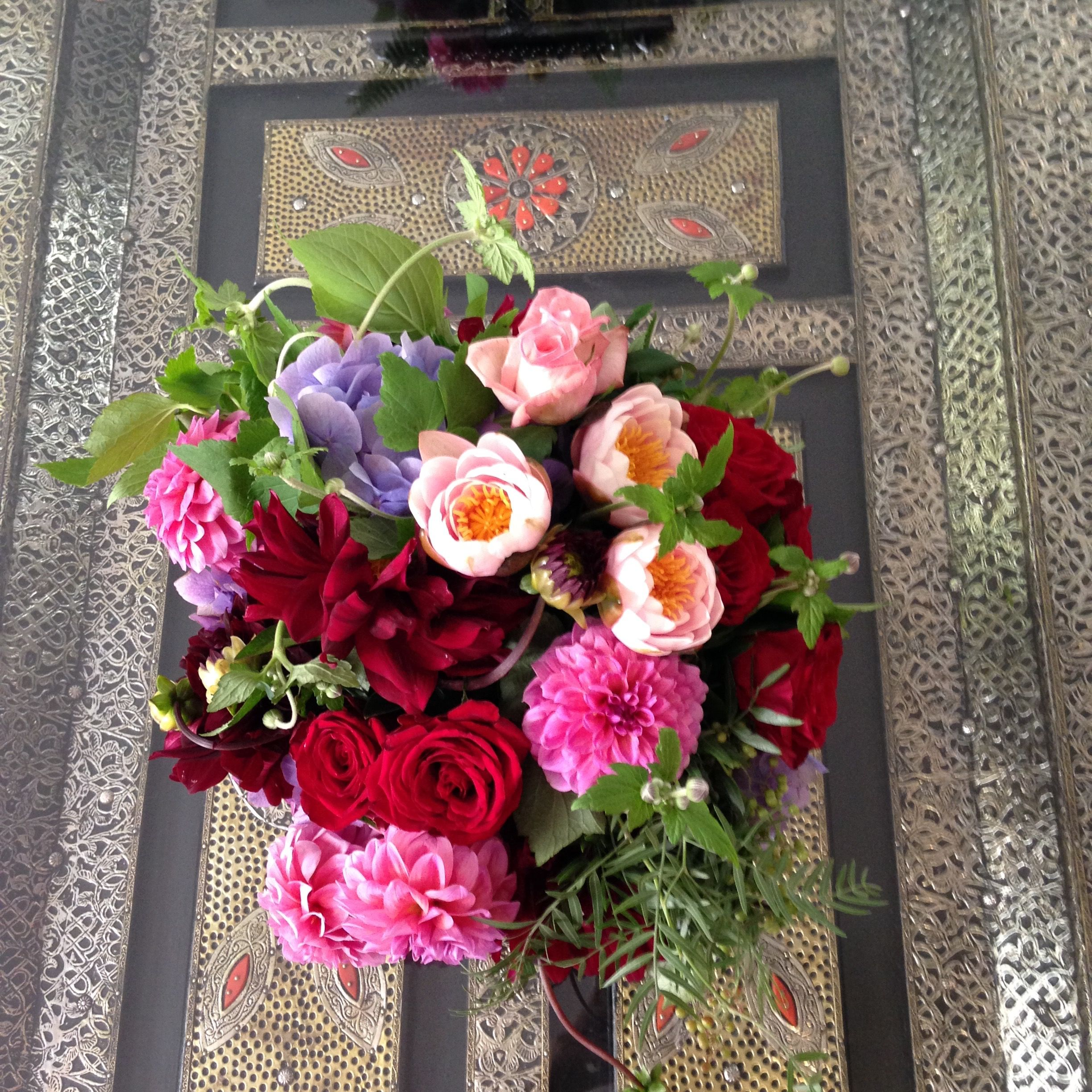 Flowers vasette with images fresh flower delivery